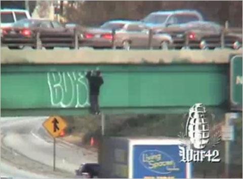 10lede_graffiti.480